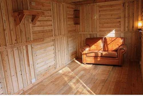 ... Wood Shed from recycled wooden pallets, Building with pallets