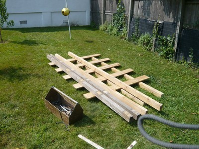 Building A Shed From Recycled Wooden Pallets Building