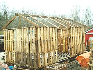 Building A Wood Shed From Recycled Wooden Pallets Building With Pallets